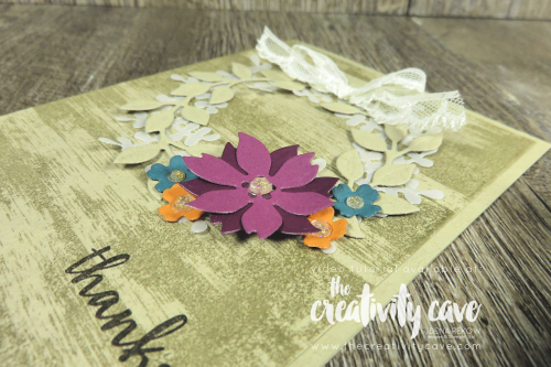 Video tutorial for this gorgeous Arrange A Wreath Card from Stampin Up on my block as well as Drybrush Background Stamp on my blog at www.thecreativitycave.com #stampinup #thecreativitycave #arrangeawreathbundle #drybrushbackgroundstamp #cardmaking #papercrafts #diy #videotutorial